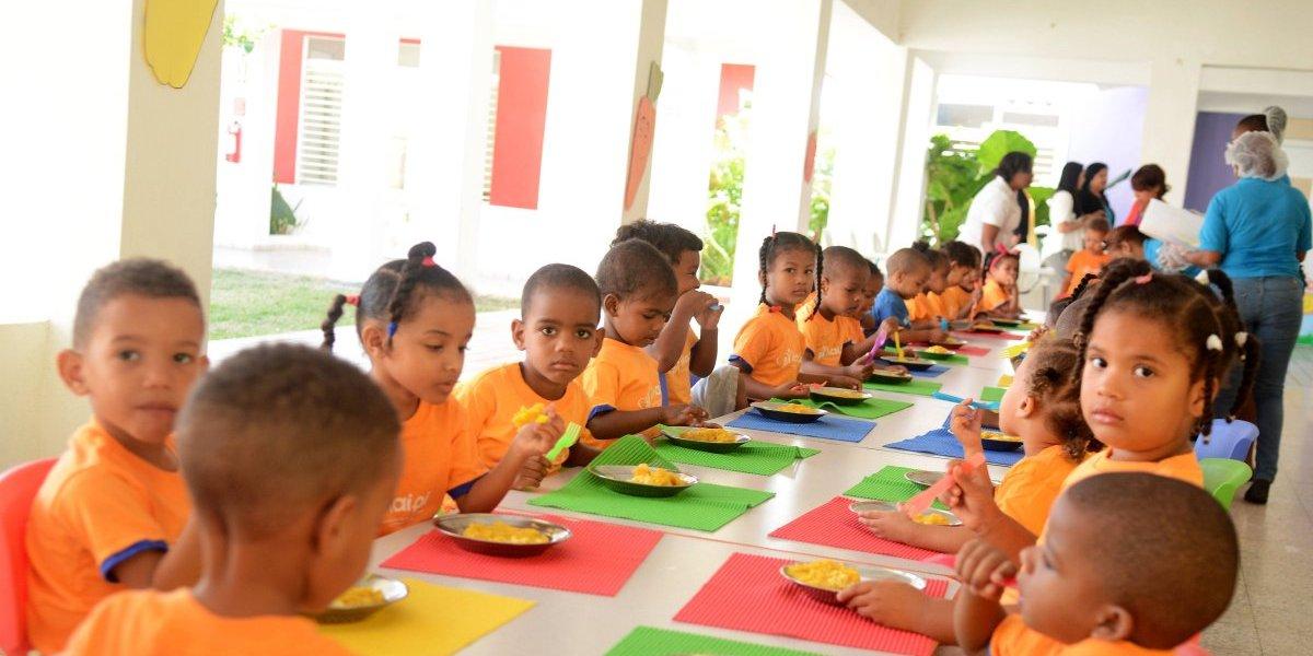 Alimentación de los niños y niñas de acuerdo a su edad