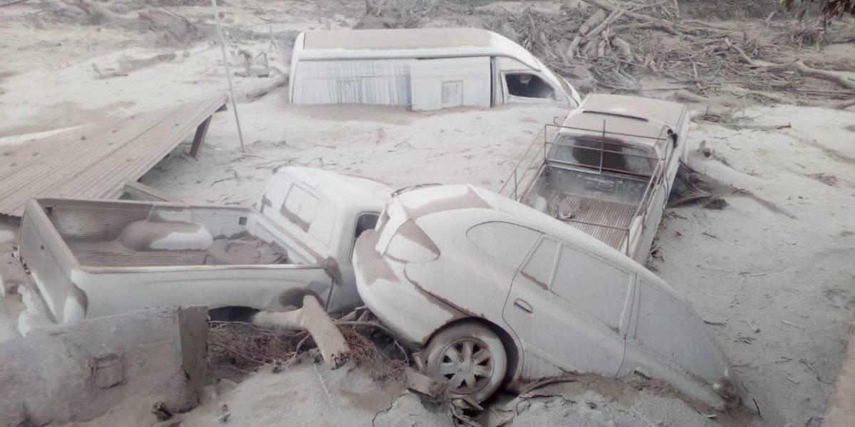 FUERTES IMÁGENES. Comunidad quedó soterrada por actividad del volcán de Fuego