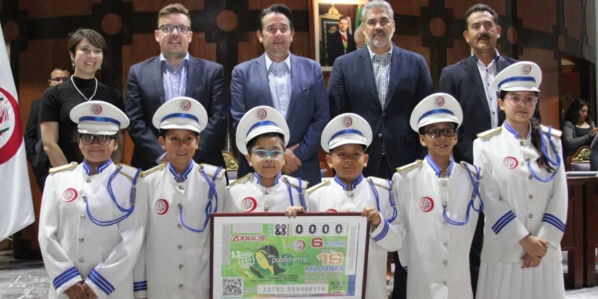 Los ganadores del sorteo de la Lotería Nacional por los 12 años de Publimetro