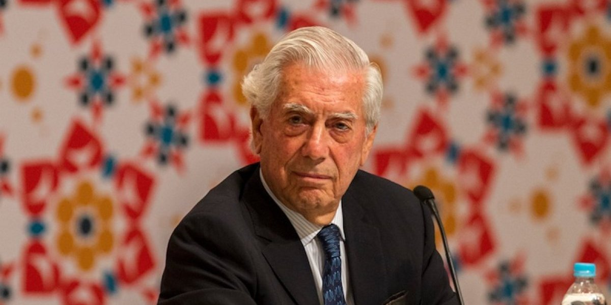 Mario Vargas Llosa visita Guatemala y relata su experiencia