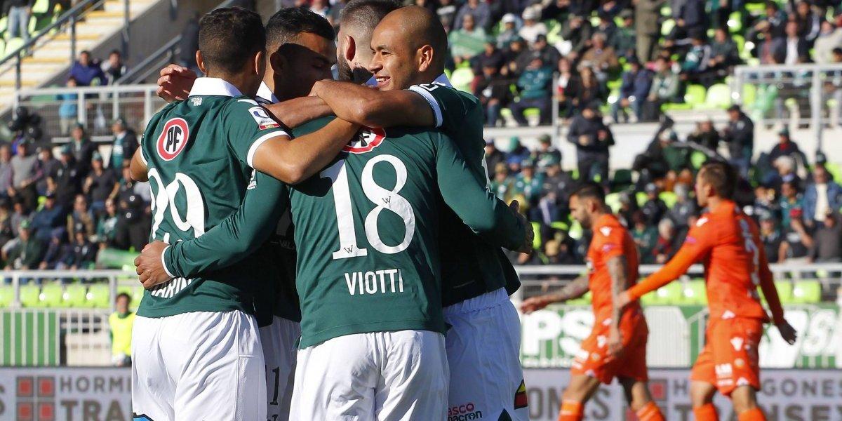 Santiago Wanderers se impuso ante Cobreloa y se ilusiona con dejar el fondo de la tabla
