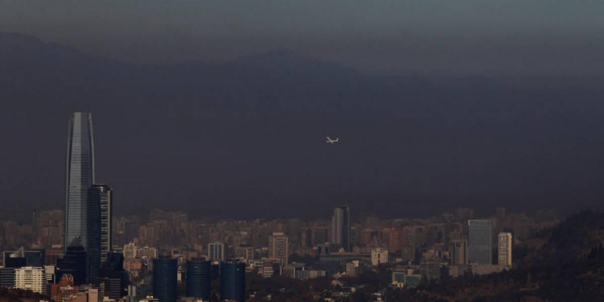 Seremi de Salud confirma 58 multas a hogares por no respetar medidas por preemergencia ambiental en Santiago