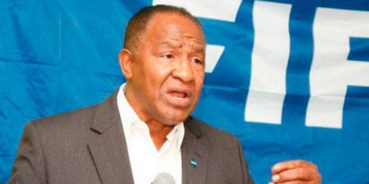 La FIFA inhabilita 90 días al presidente de la Federación Dominicana