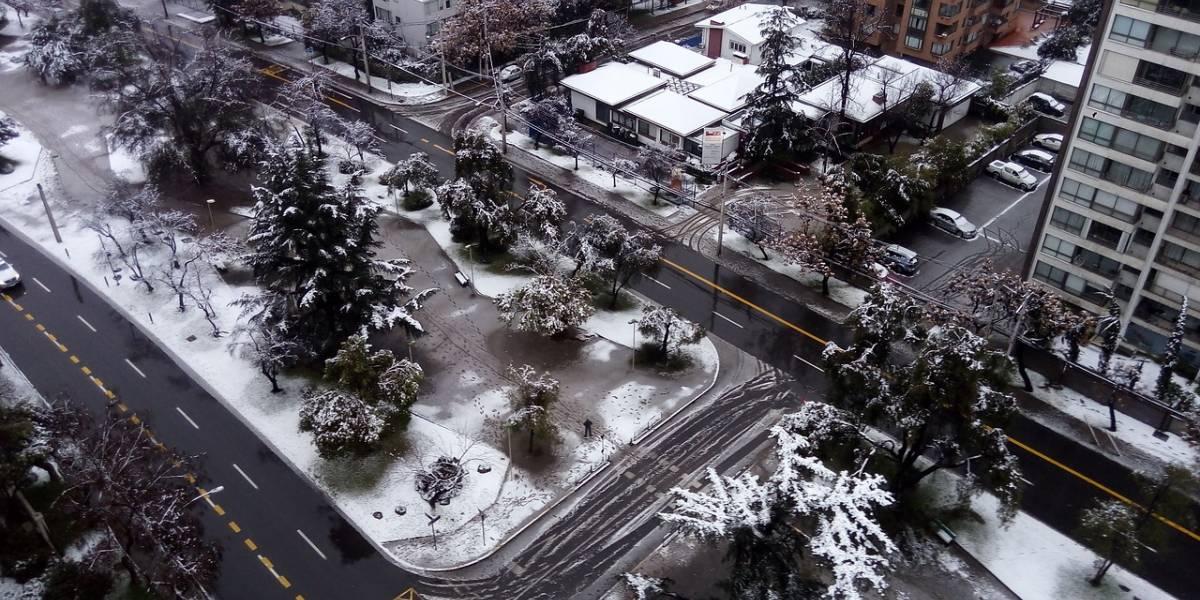 ¡Nieve en Santiago!: Conoce aquí los sectores donde puede nevar este fin de semana