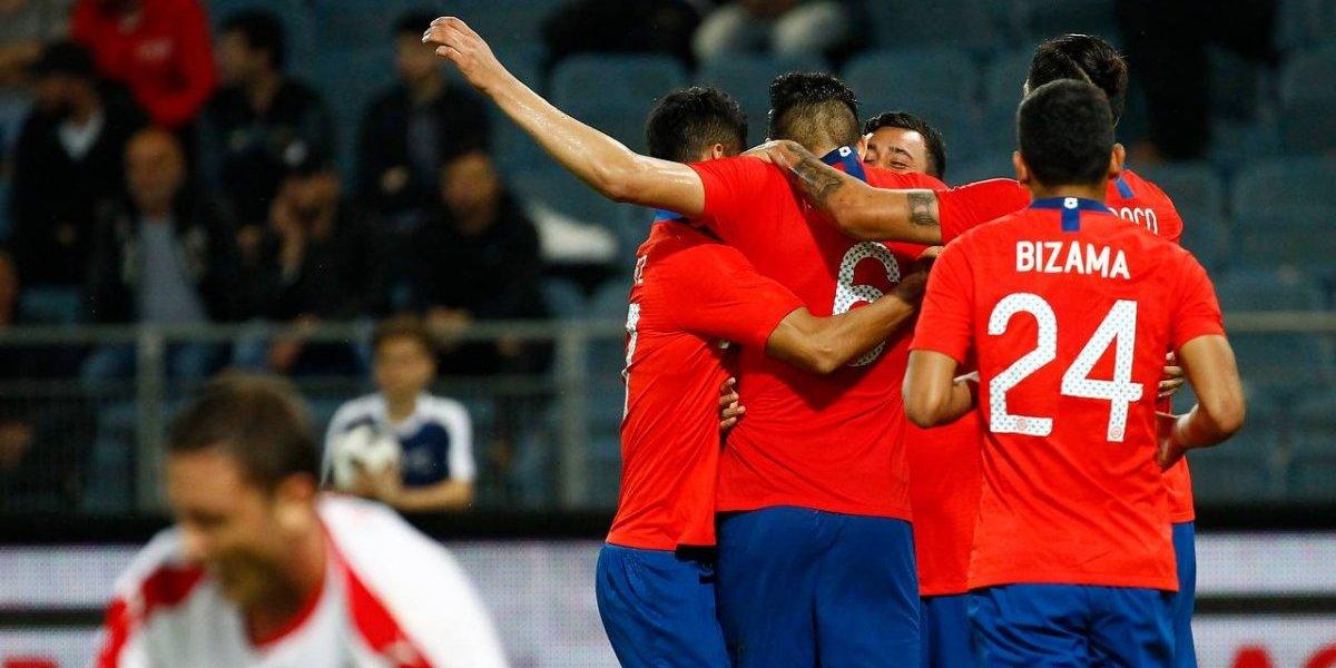 """Chile bajó a la mundialista Serbia gracias a su """"nuevo goleador"""" y demostró que tiene recambio"""