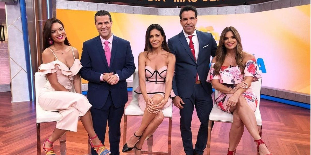 """Elenco del programa de Telemundo """"Un nuevo día"""" realiza oración y pide ayuda para Guatemala"""