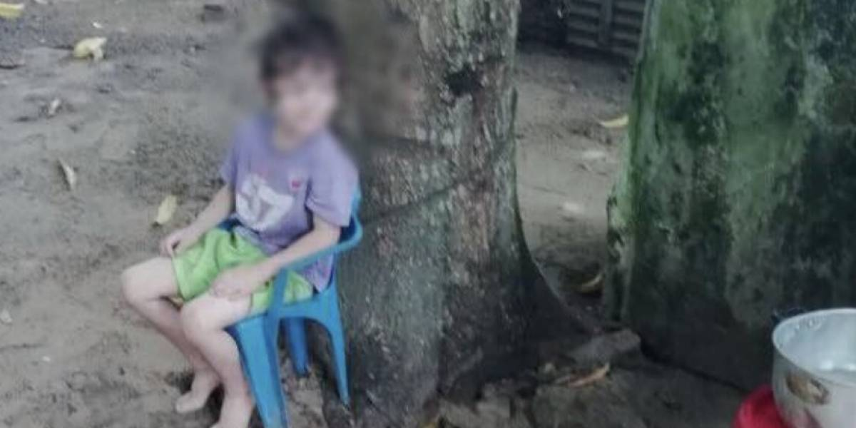 Padre mantenía a su hijo de cinco años amarrado a un árbol, en Cúcuta