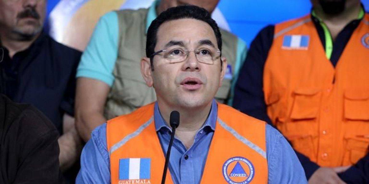 Presidente visita las áreas afectadas por la erupción del volcán de Fuego