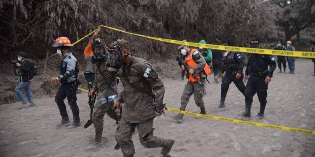 Se activa alarma de evacuación durante búsqueda de víctimas de la erupción