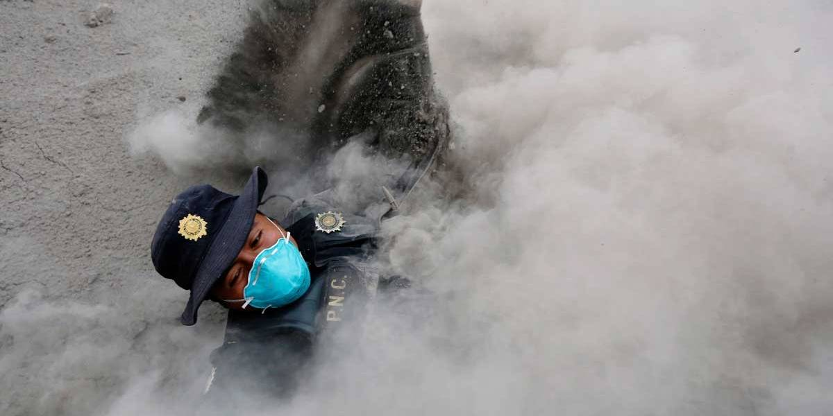 Número de mortos após erupção de vulcão na Guatemala passa de 50