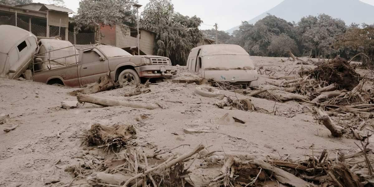 Fotos: erupção do 'Vulcão de Fogo', na Guatemala, força evacuação de milhares de pessoas