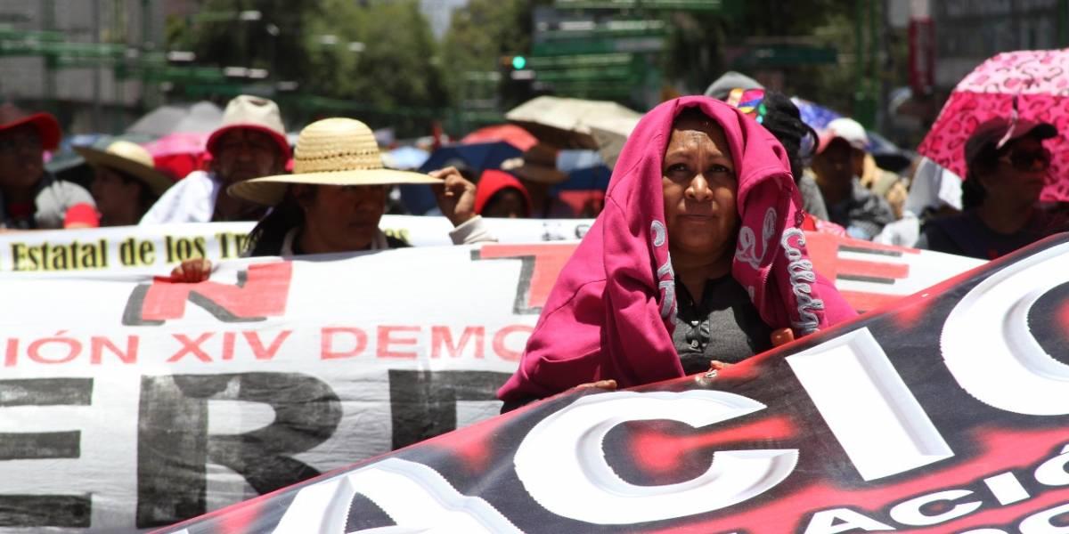 Marchas de tres mil maestros desquician a la CDMX