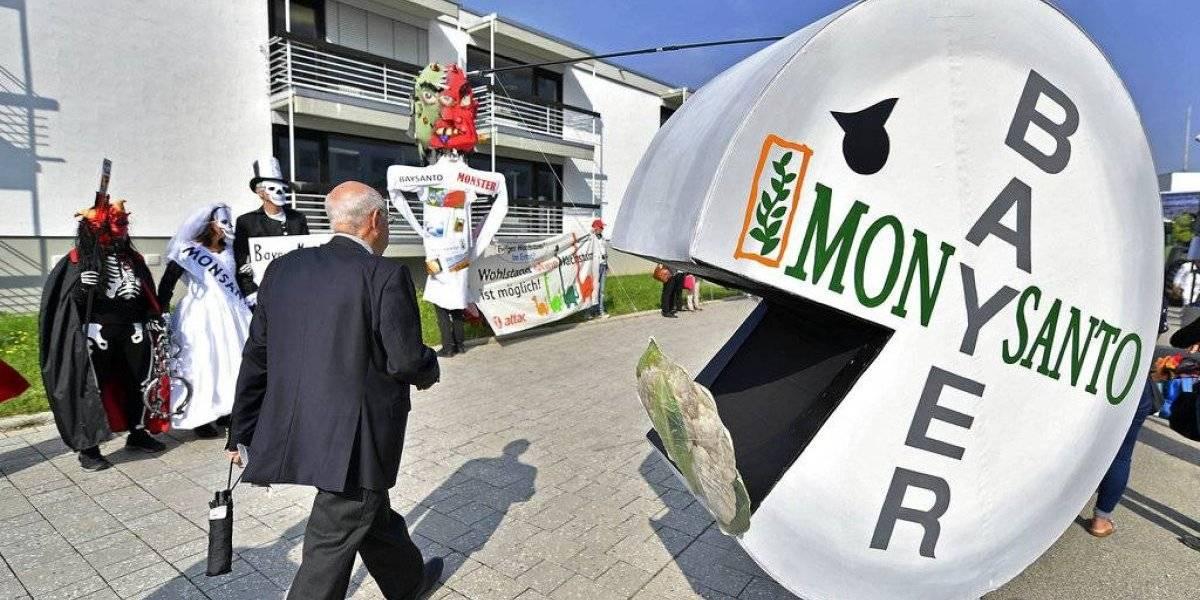 Monsanto pierde su tercera batalla legal consecutiva: tendrá que pagar millonaria indemnización a pareja diagnosticada con cáncer
