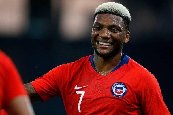 El delantero quiere tener una nueva oportunidad en la Roja / imagen: Photosport