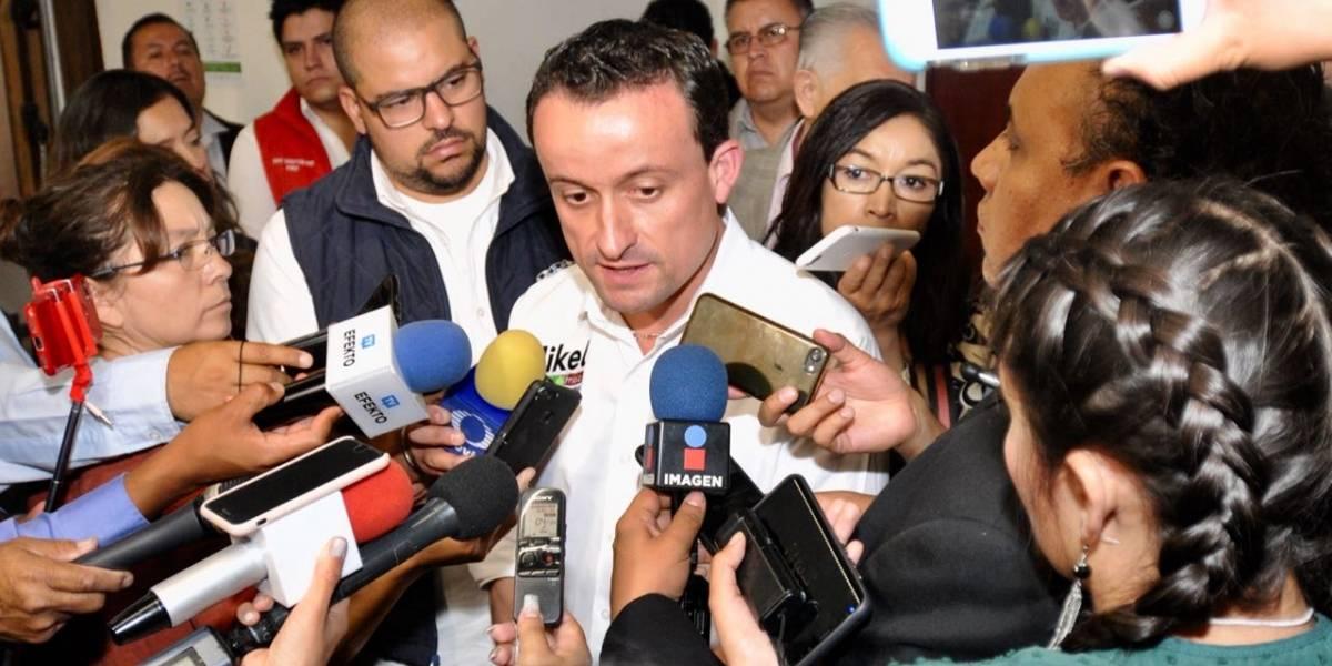 Regularé con 'mano firme' marchas de la CNTE: Mikel Arriola