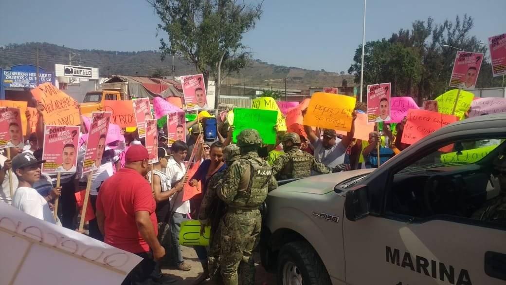 Protesta contra la Marina en Ciudad Guzmán acaba de forma violenta