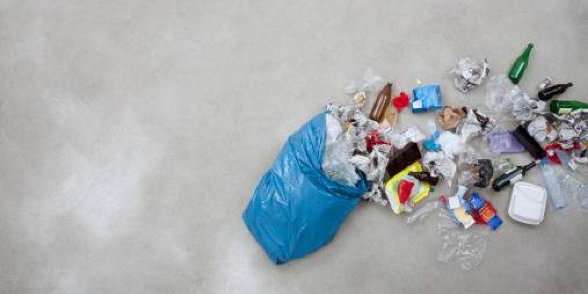 Bolsas plásticas, botellas desechables y ahora las cajitas de leche: Chile en problemas por escasa capacidad para reciclar Tetra-pak