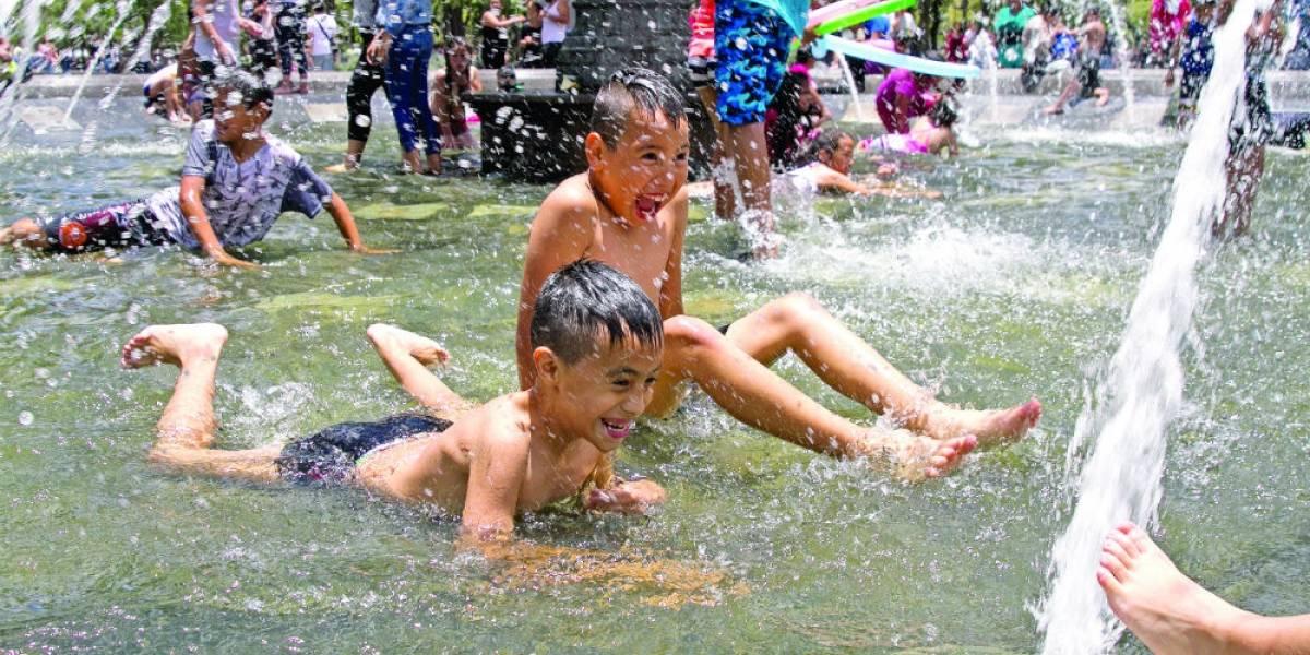 Canícula aumentará calor a 50 grados en Nuevo León