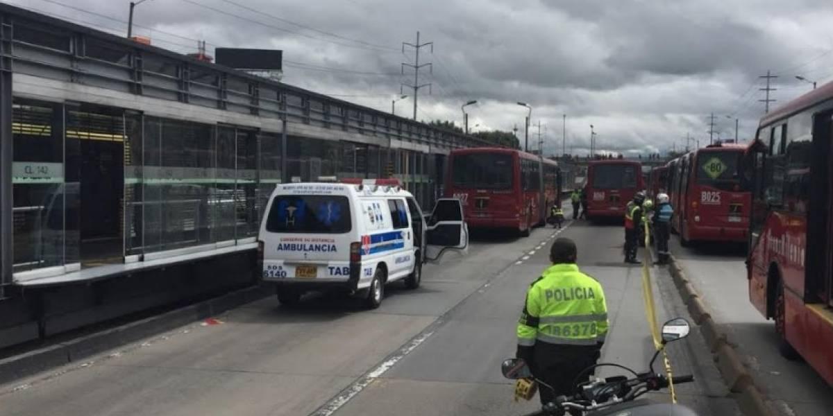 ¡Atención! Presunto ladrón muere tras ser atropellado por bus de TransMilenio en la Autonorte