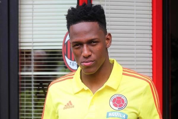 Yerry Mina está entre los diez futbolistas más pesados