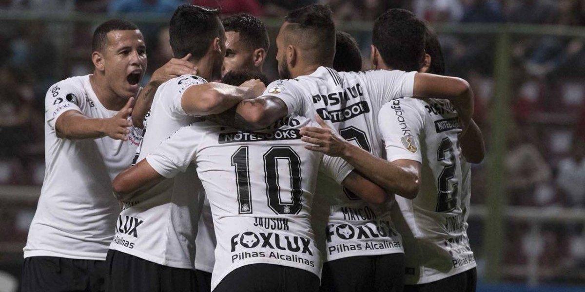 Campeón de Brasil, del Paulista y con dos mundialistas: el equipazo de Corinthians que amenaza a Colo Colo en la Libertadores