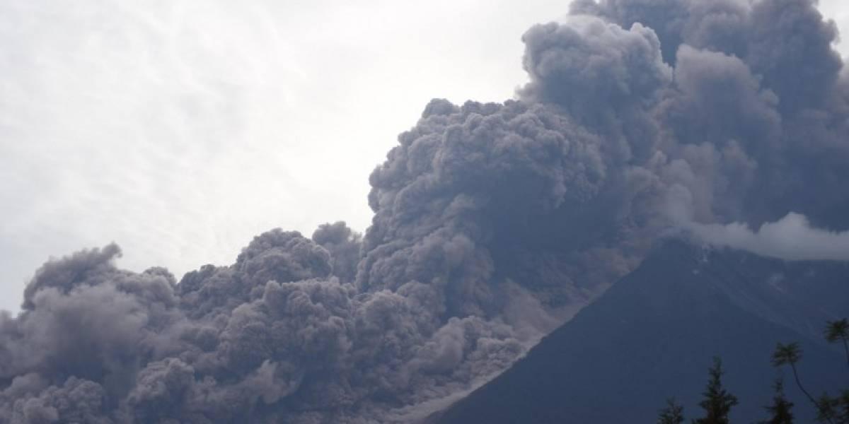 Interjet cancela vuelos entre Guatemala y México por erupción de volcán de Fuego