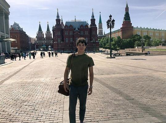 Isaac en Moscú.