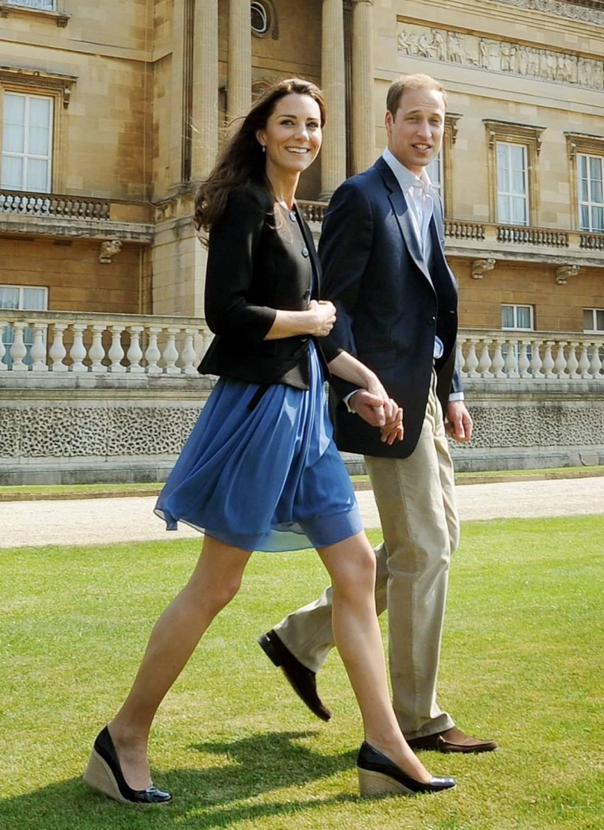 Kate Middleton vestido azul zara