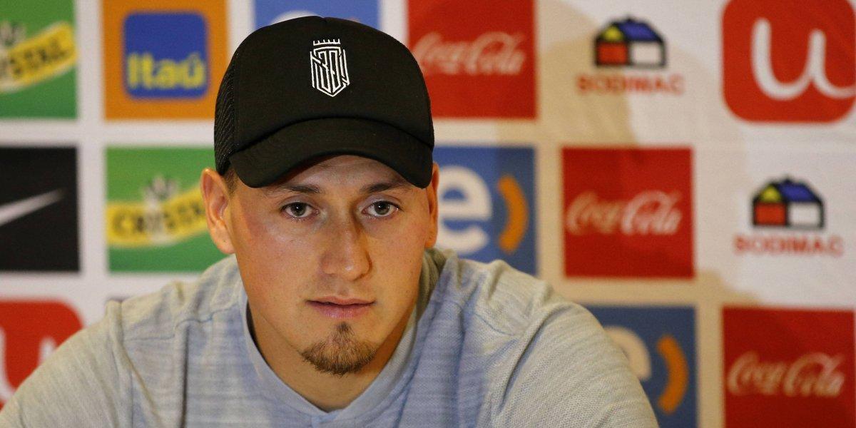 Nicolás Castillo se ilusiona con ser el capitán de la Roja y hace una autocrítica de su expulsión