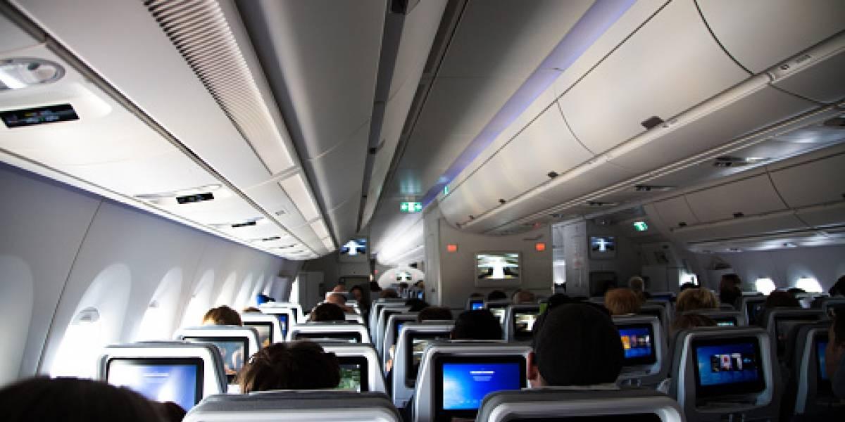 Amor perdido: se enamoró en el avión e intenta reencontrarse con él
