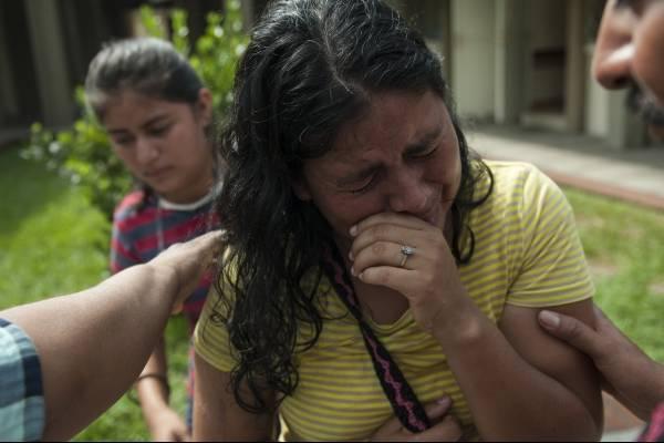 Lilian dijo que perdió a 36 miembros de su familia en la comunidad de San Miguel Los Lotes tras la erupción del Volcán de Fuego.