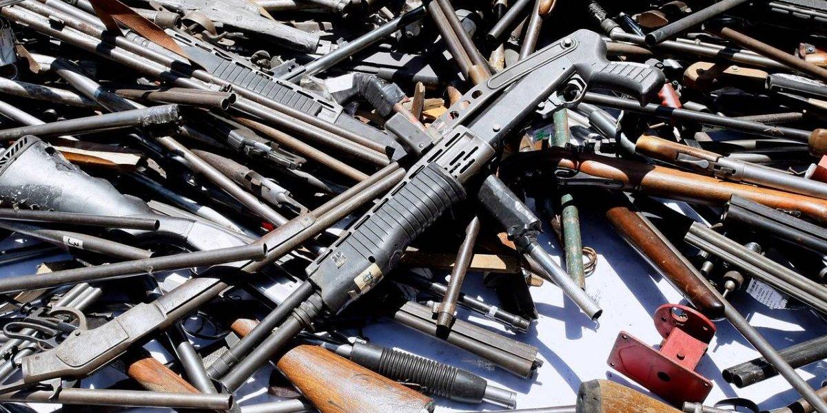 Aterrador poder de fuego de delincuentes: se desconoce paradero de parte de 800 mil armas que hay en Chile