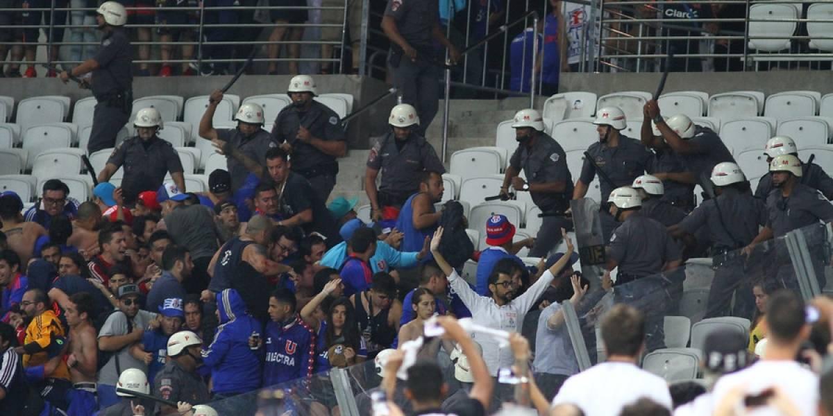 Justicia de Brasil condena a hinchas de la U que provocaron incidentes en el Arena Corinthians en 2017