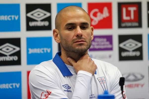 Sebastián Sáez no será el 9 de la UC en el arranque cruzado en la Copa Chile 2018 / Foto: Agencia UNO