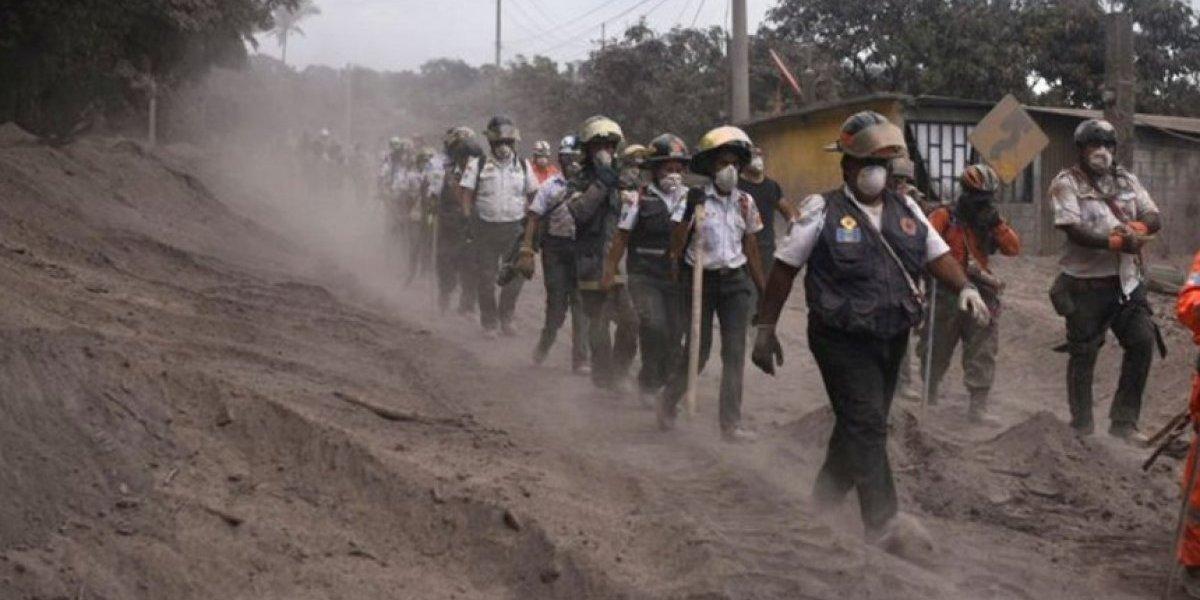 Comparten fotos de los bomberos desaparecidos en la tragedia del volcán