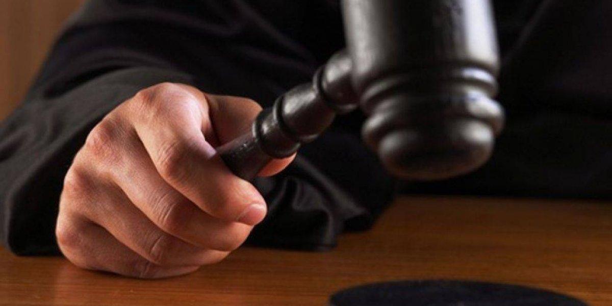 Condenan a 20 años de cárcel a hombre que mató a su expareja estrangulándola