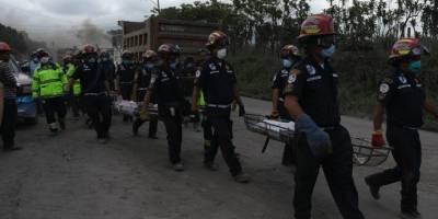 rescatan cuerpos de una familia en El Rodeo tras erupción del volcán de Fuego