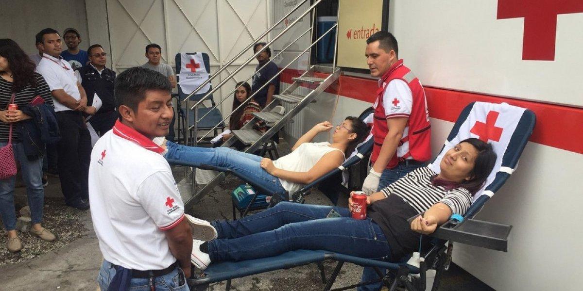 Guatemaltecos donan sangre para personas afectadas por la erupción del volcán de Fuego
