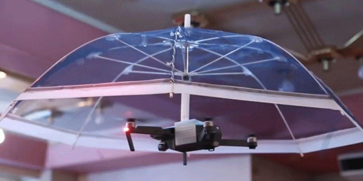 Japoneses crean una sombrilla que te sigue con un dron