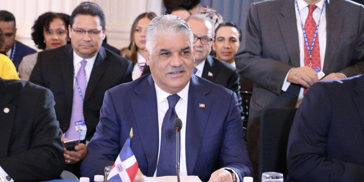 """RD aboga por solución """"pacífica y democrática"""" en Venezuela"""