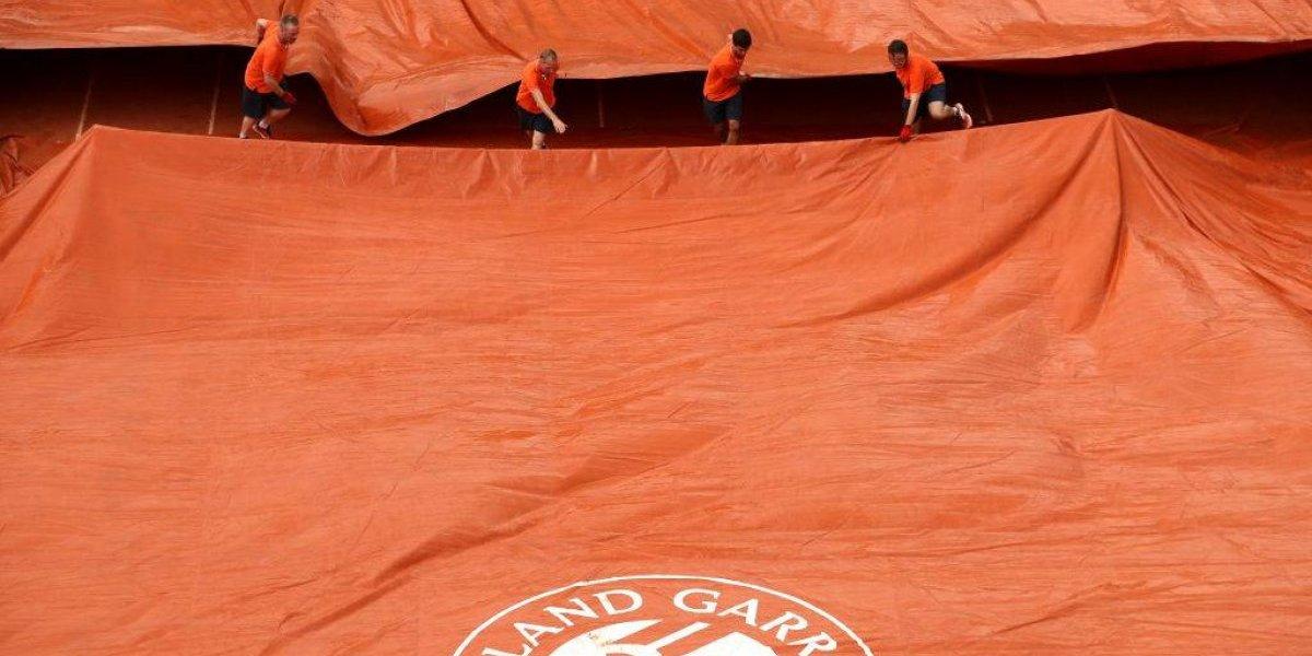 Nadal fue salvado por la lluvia en Roland Garros cuando perdía con Schwartzman
