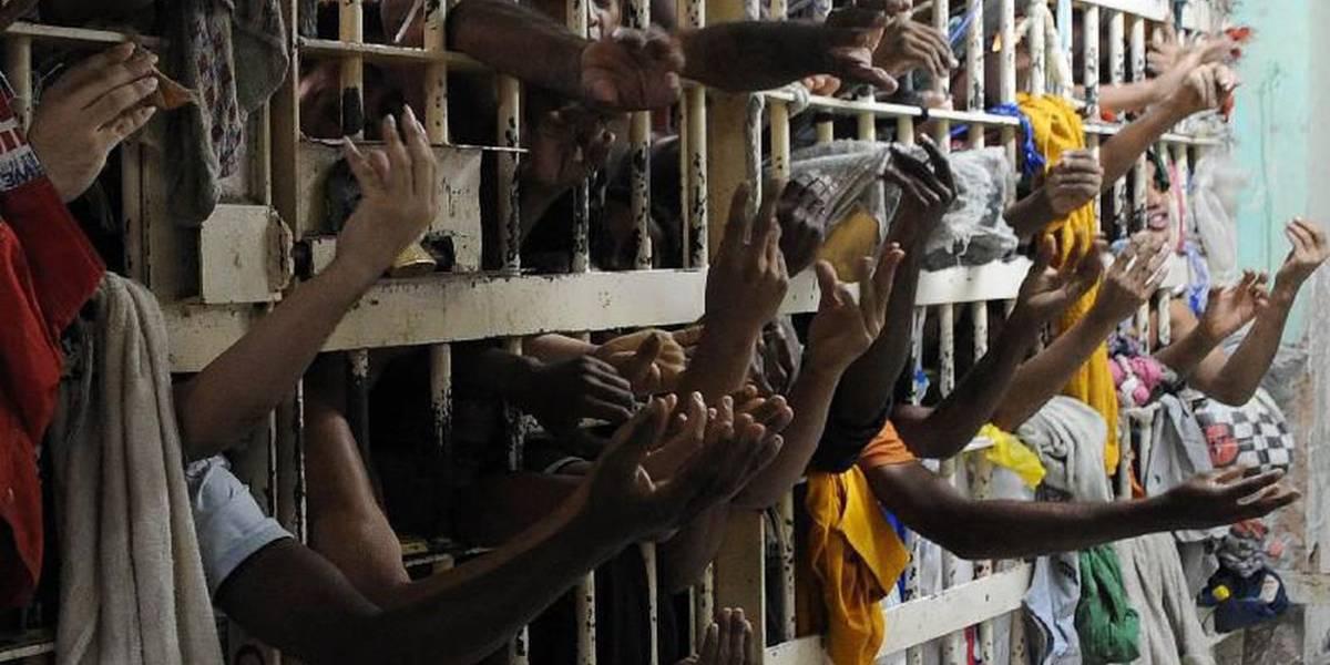Penitenciárias abrigam o dobro de presos da capacidade