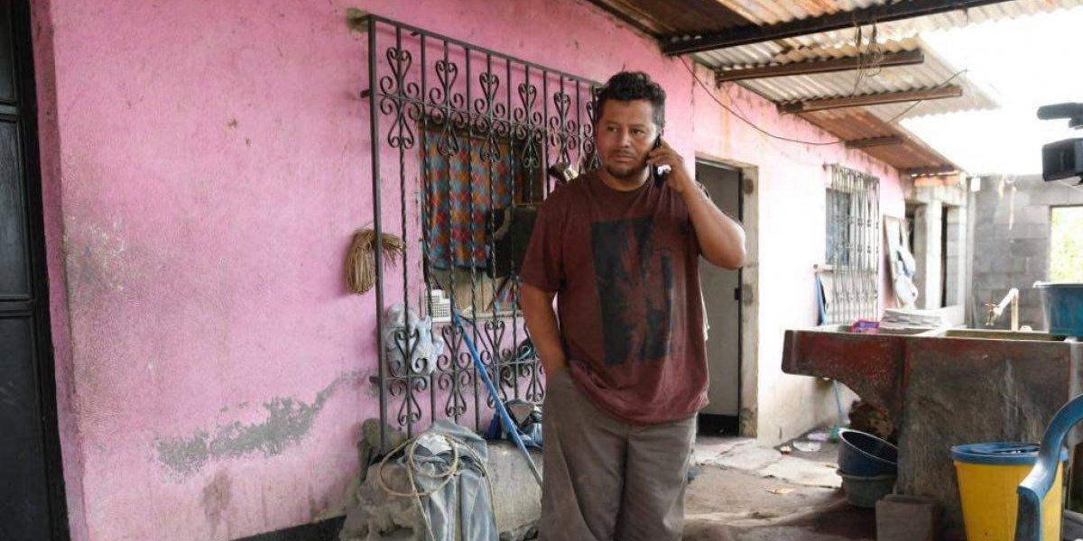 Logró salvar a su familia luego de escuchar las noticias desde el extranjero