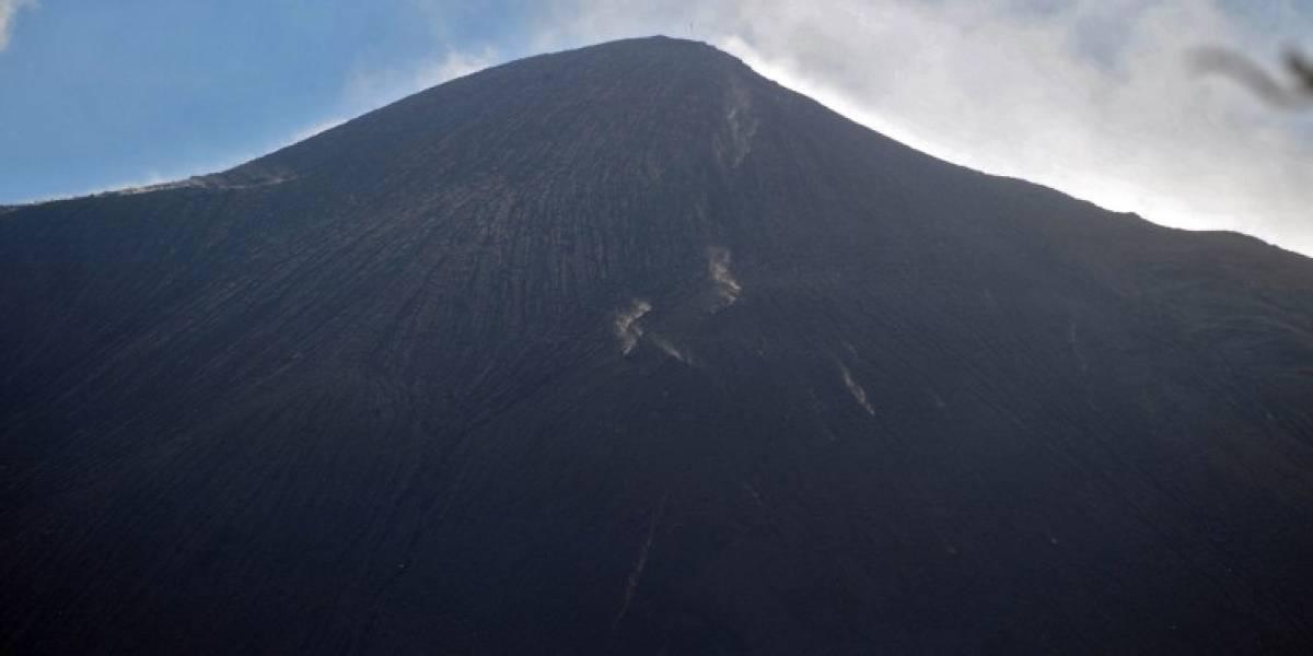 Se reporta actividad de flujo de lava del volcán de Pacaya, según Insivumeh