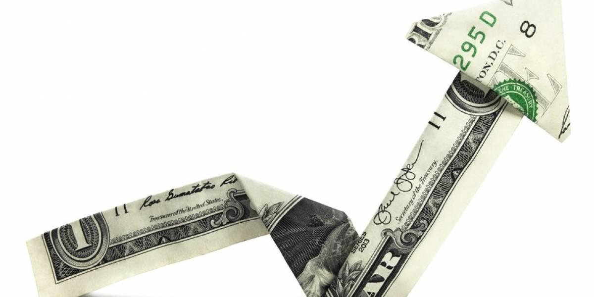 Após dois anos, dólar volta a se aproximar do patamar de R$ 4