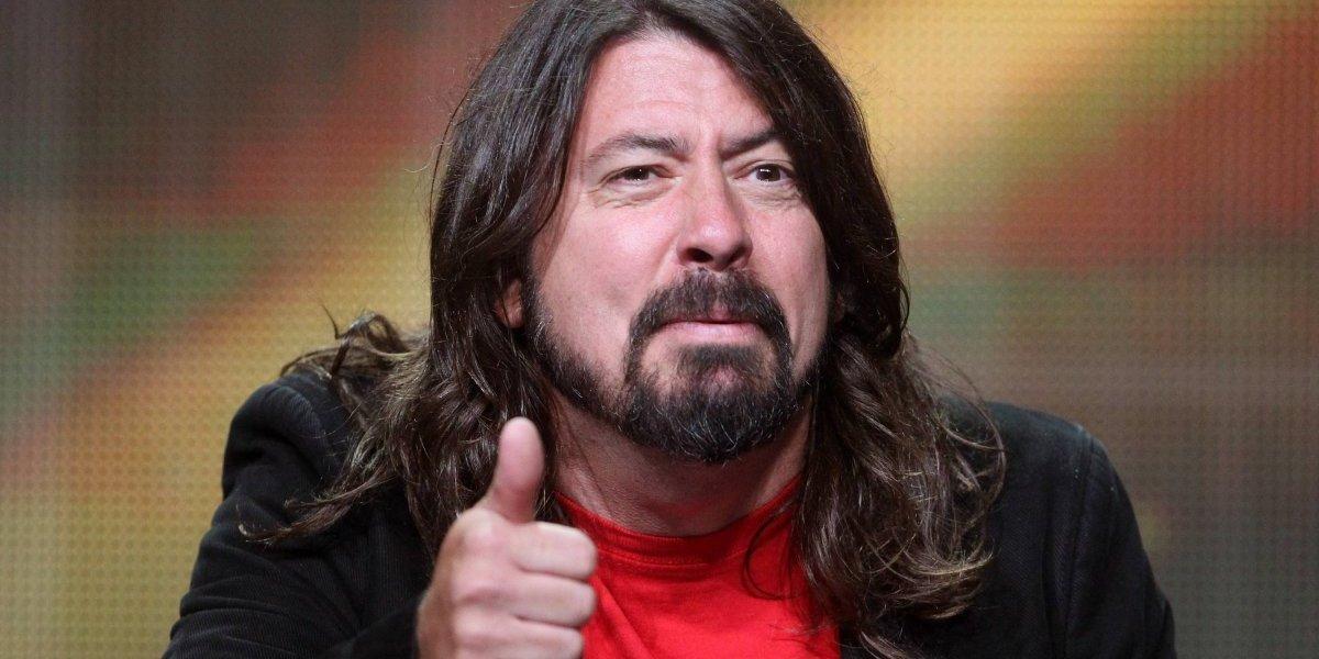La dura caída de Dave Grohl desde un escenario en Las Vegas