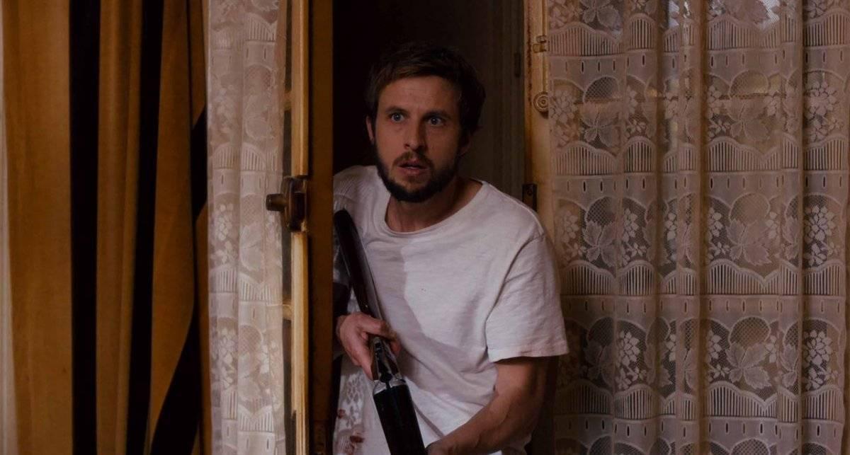 'A NOITE DEVOROU O MUNDO'. Direção: Dominique Rocher Horror. Após uma festa da qual nada lembra, Sam se vira sozinho em uma Paris invadida por mortos-vivos / Divulgação