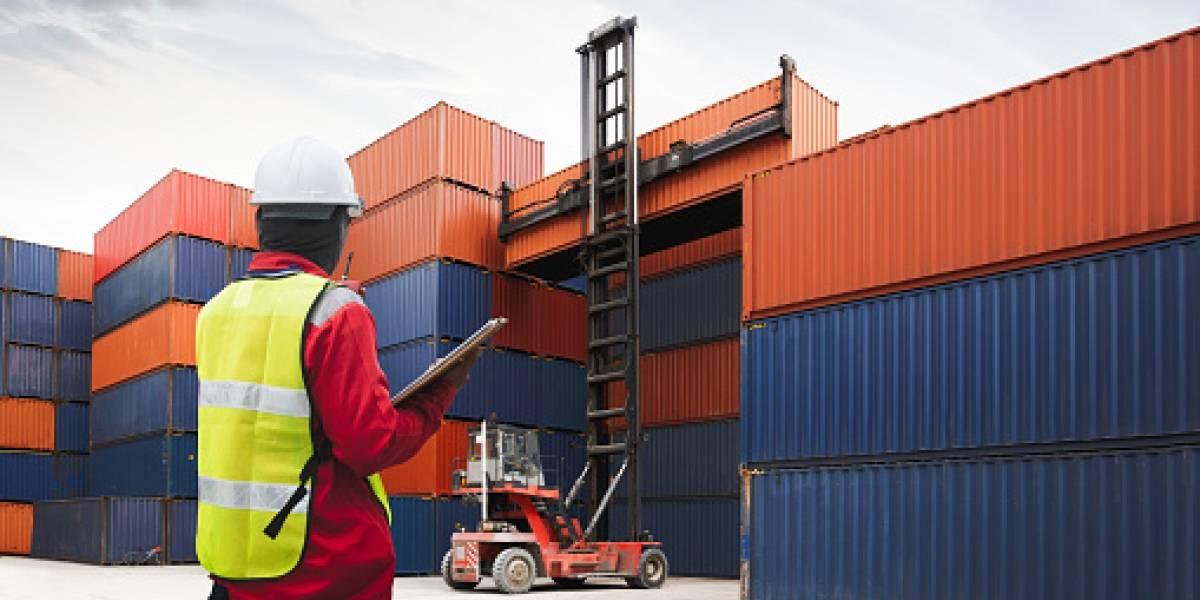 Aduana del Ecuador subastará en línea autos y camiones