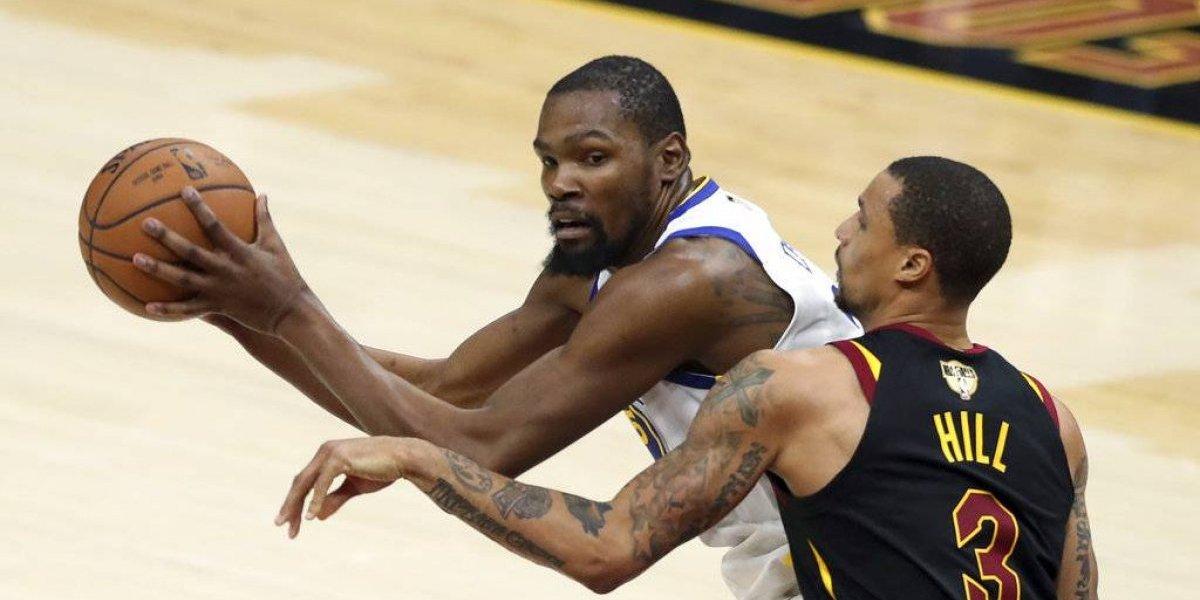 NBA: Golden State aplasta a Cavaliers y acaricia el título tras soberbia noche de Kevin Durant