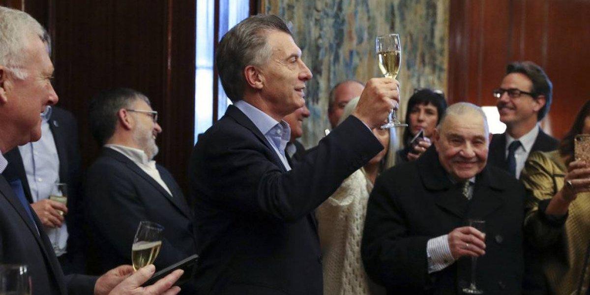 "Tiene que ""desenchufar"" la maquinita: FMI aprobó préstamo ""stand by"" por US$ 50 mil millones a Argentina"